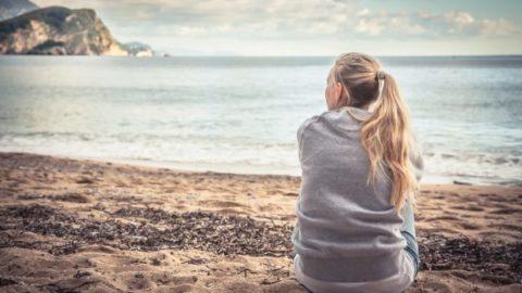 Πόσο καιρό μετά από μια αποβολή πρέπει να περιμένει μια γυναίκα προτού προσπαθήσει να μείνει έγκυος;